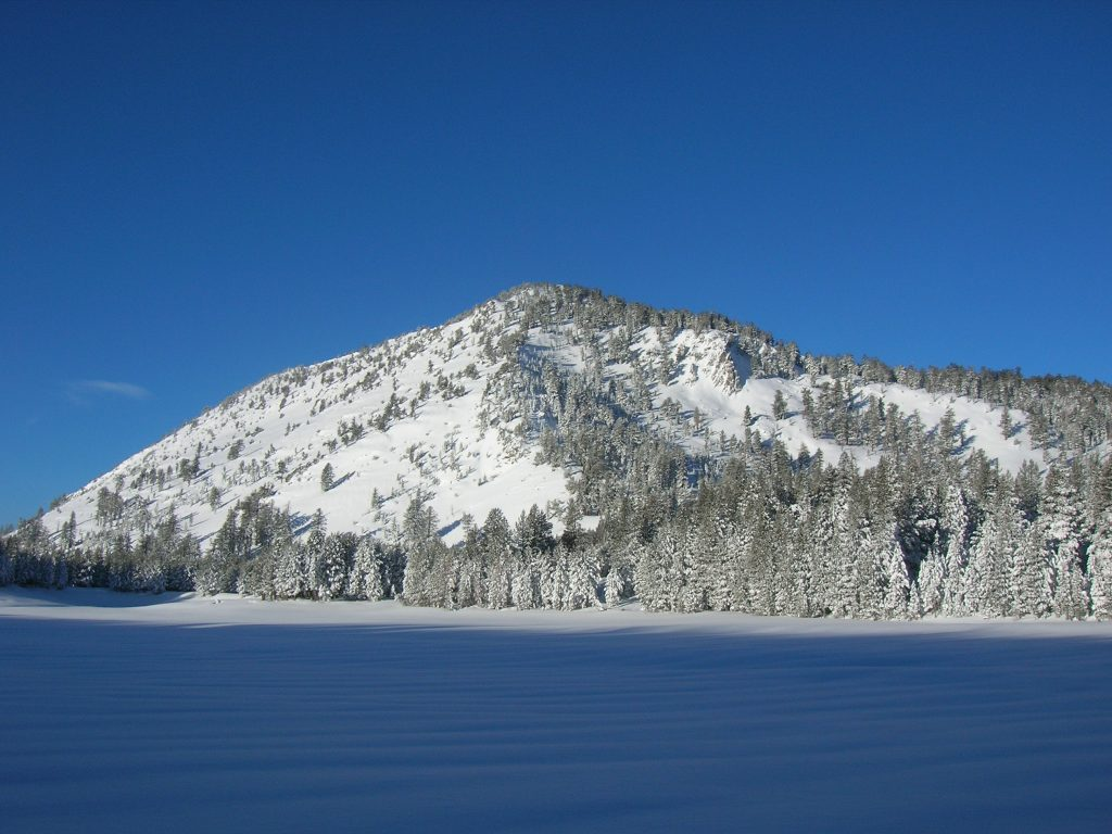 Views of incline peak from the valley